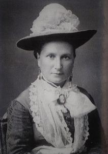 Bella Whitney