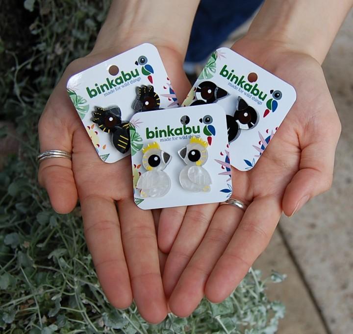binkabu studs in hands